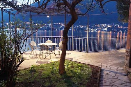 Amazing View Villa with Garden&Cave - pognana lario - Villa