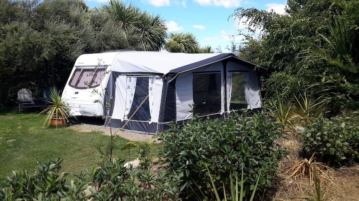 Classic Kiwi Camping Experience - Ti Kouka Caravan