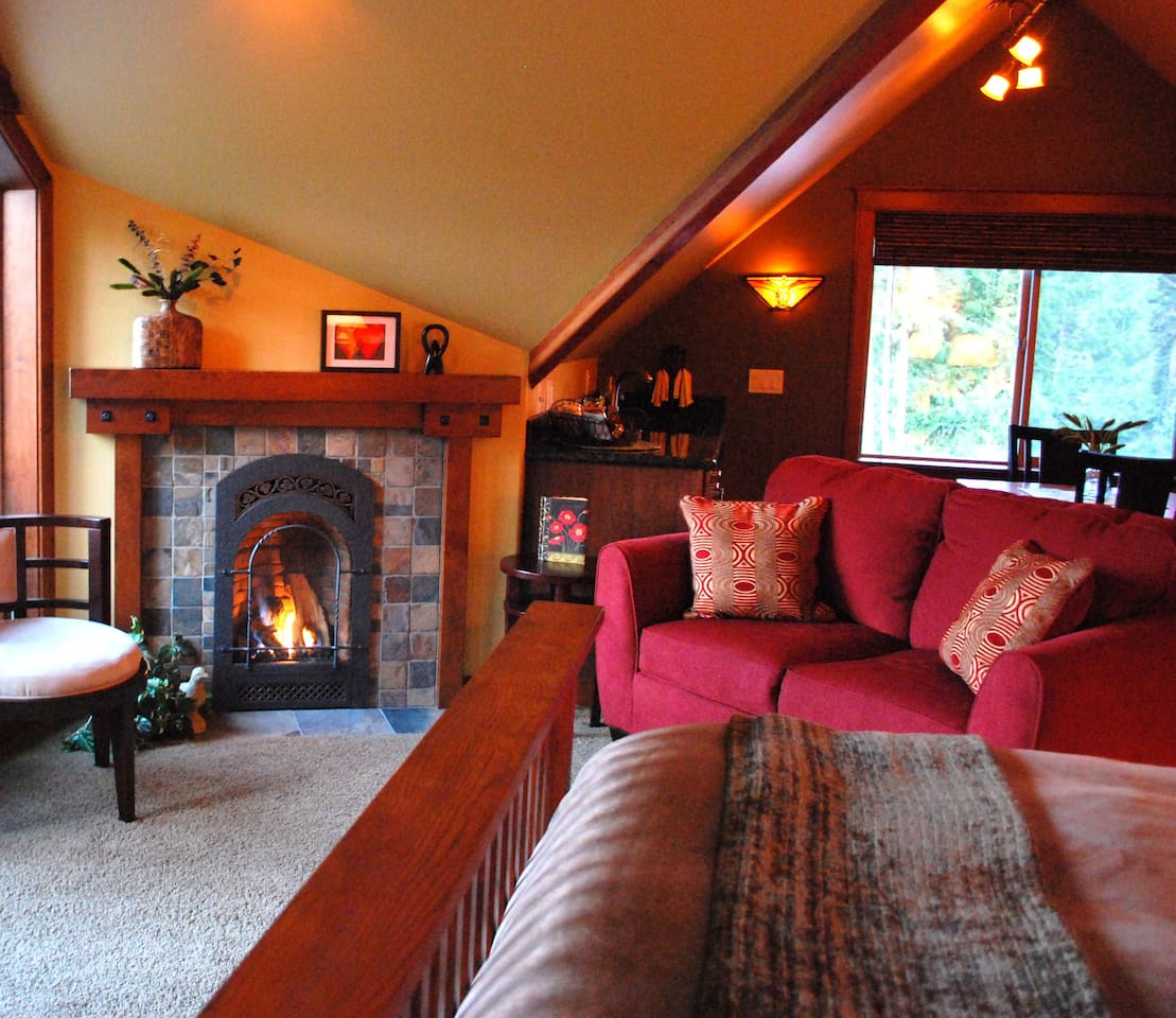 The Loft is a romantic and private Sequim Vacation Rental w/stunning water views of The Strait of Juan de Fuca and the San Juan Islands.