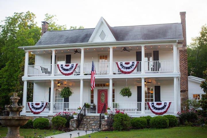 Stonebrook Manor Private Getaway
