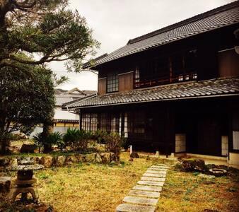 岡山御津の古民家宿【nano inn】客室② JR金川駅から無料送迎あります。