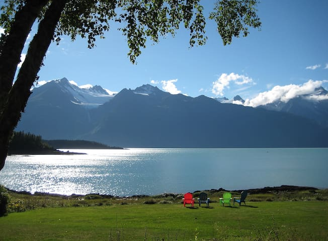 Your Private Retreat on the Beach - Haines