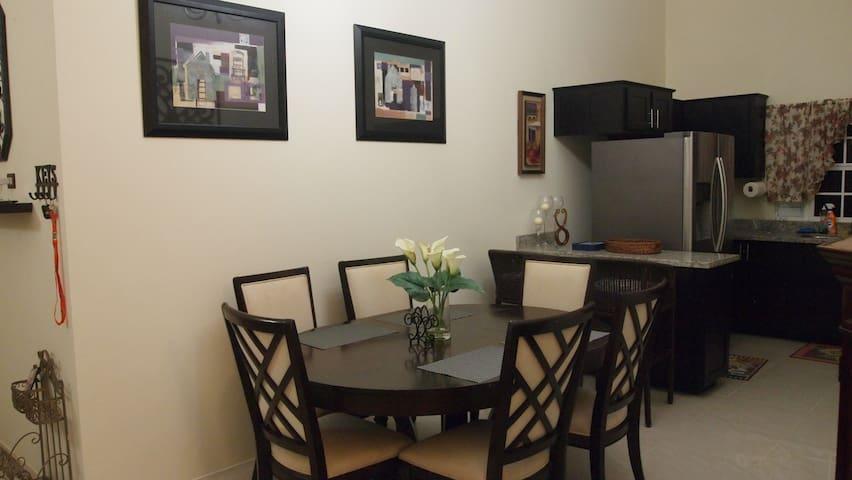 6 seats dinning room table