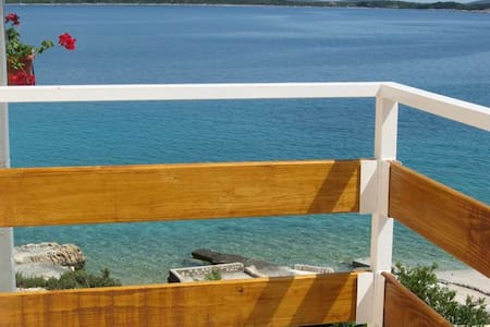 PERFECT Sea-View DIRECT beach (2+2) - Sevid