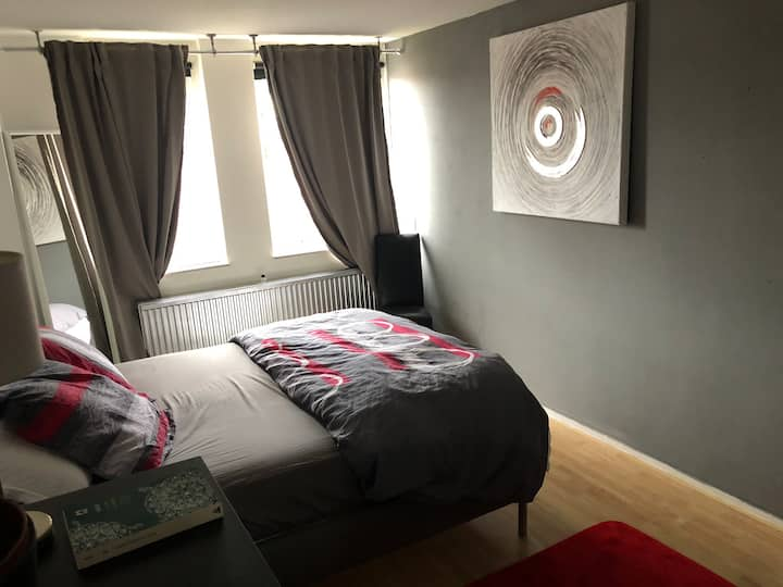 COSY HOUSE FULL EQUIPED  CLOSE to CITY Center