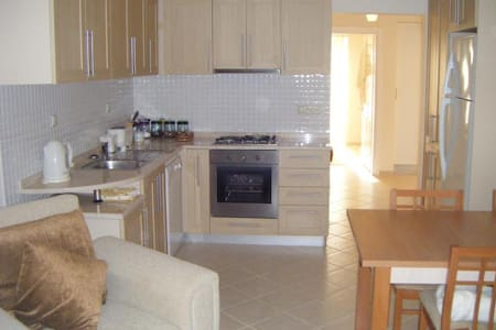 Apart in Oasis Village Fethiye - Fethiye - Appartement