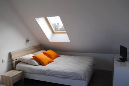 studio meublé soleil levant - Melesse