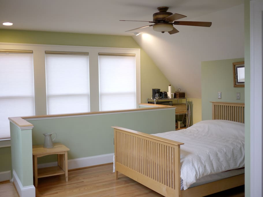 Bedroom area, full size bed & ceiling fan.