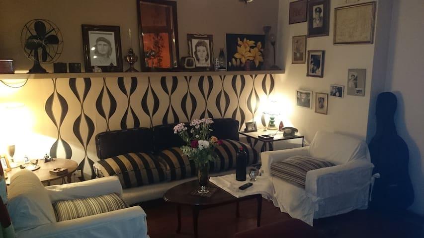 casona antigua centrica - Buenos Aires - Casa