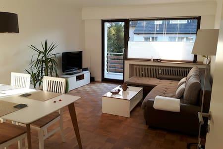 Charmante und stilvolle 56qm warten - Kaarst - Apartamento