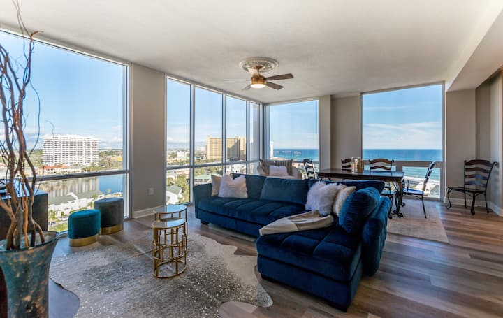 Penthouse With Incredible Views Of Destin!