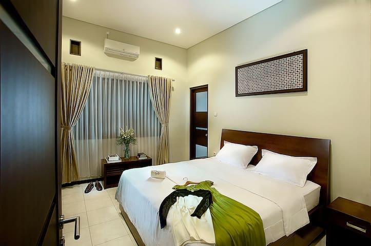 Omah Garuda Homestay #4 'Private Room'