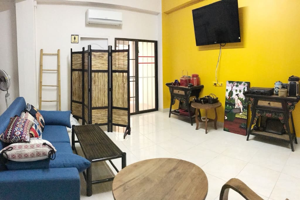 [Relax Zone] Living Room & TV Cable Free WIFI 30 Mb.
