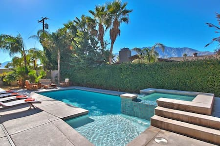 Palm Springs Desert Villa - 3BR Home + Private Pool #K0048