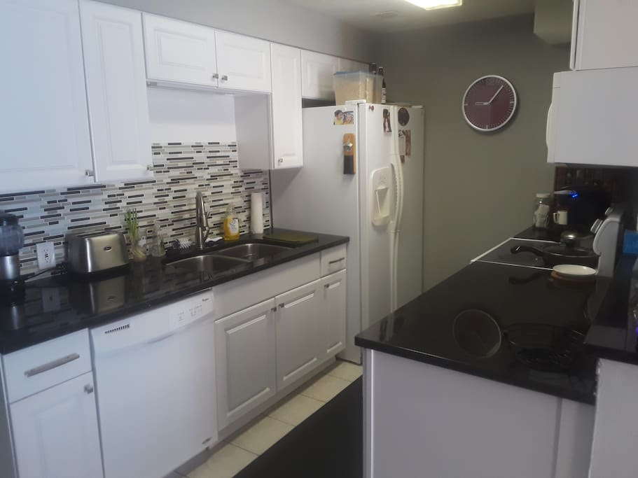 Updated Kitchen w/All Appliances