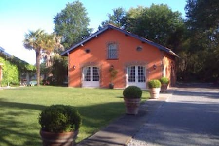 Gorgeous cottage in XIX c property  - Clermont