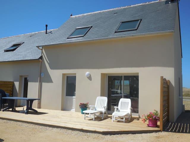 Maison rénovée à moins de 100 m de la mer - Kerlouan - Dom