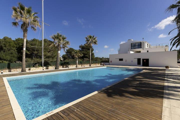 Apartamento dúplex con vistas al mar