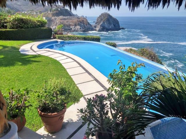 Casa Anderson en Punta encantada ¡Espectacular!