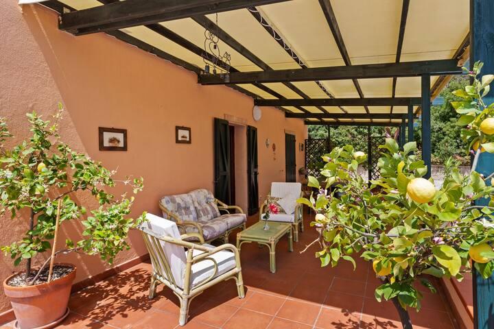 """Rustikale Villa dell """"Est im Conero Park in der Nähe des Meeres"""