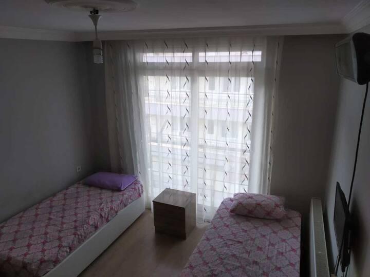 Milas'ta 4 yataklı eşyalı dairemize bekleriz.