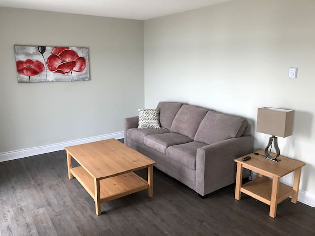 The Shores of Deer Lake - Silver Maple Suite