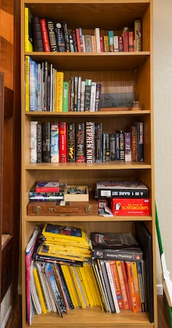 Lots of books and some games.