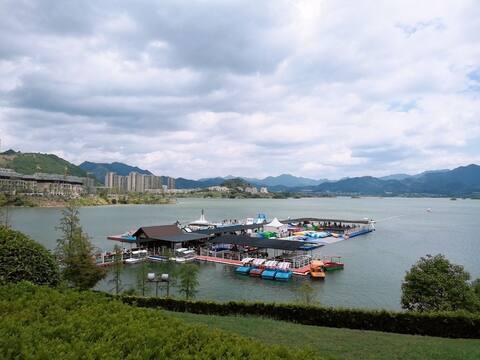 千岛湖现代简约湖景房