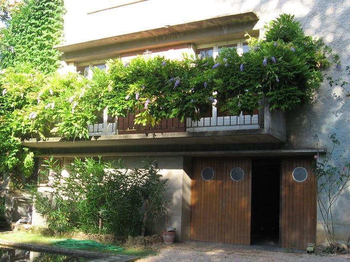 Maison au calme dans la patrie de Champollion