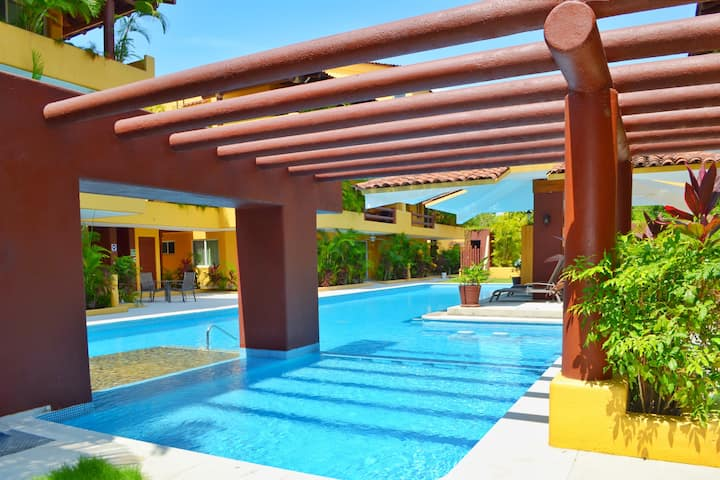 Los Mangos 103: Your condo a few steps by the sea