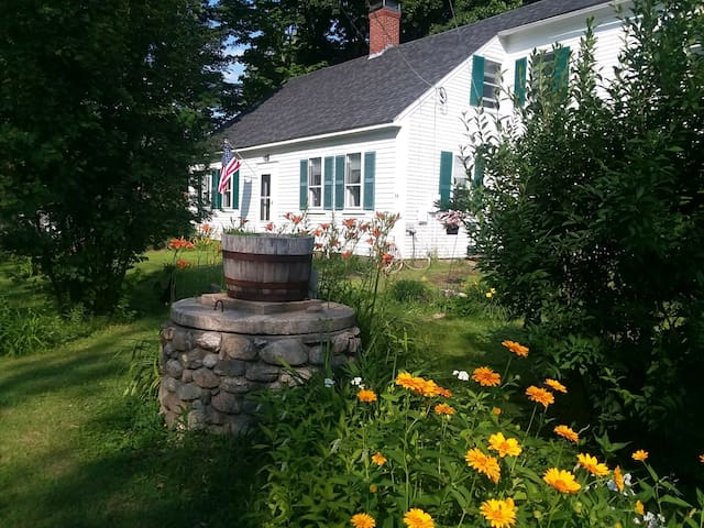 Circa 1790 Vintage Home in historic Wakefield NH