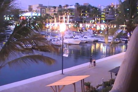 Best Location In Cabo, on marina! - Cabo San Lucas - Apartment