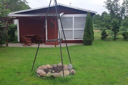 Domek letniskowy Szwedzki w Camp Park Mazury