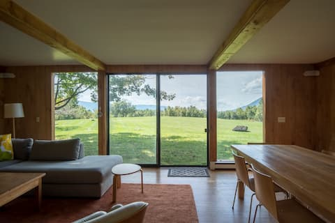 Midcentury Modern with Amazing Views!