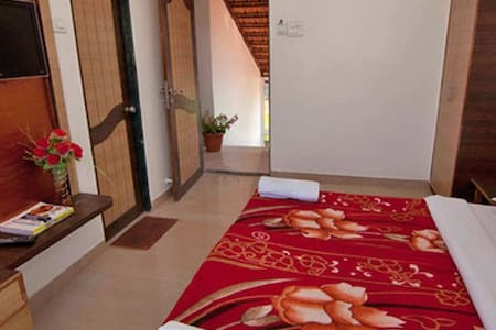 Private Forest View Super deluxe room 3 - Mahabaleshwar