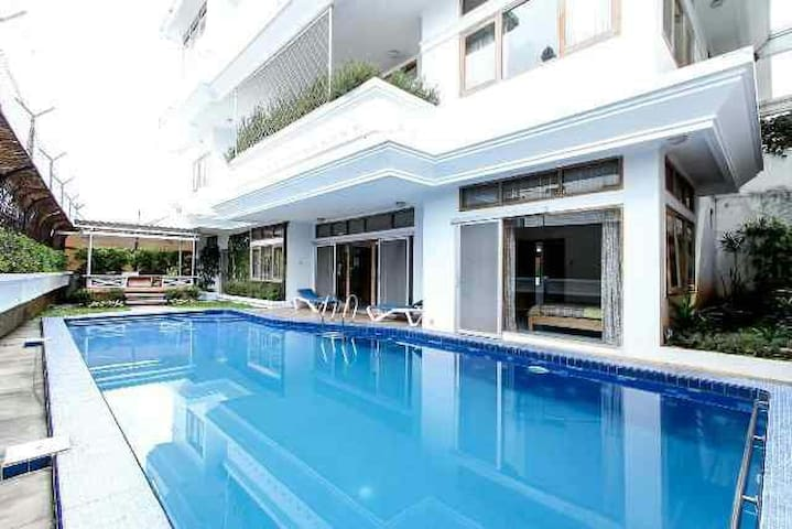 Villa Bandung with swimming pool