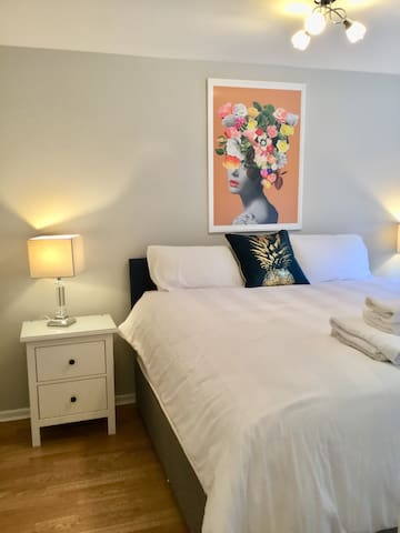 BT2 Luxury Serviced Apartments 4