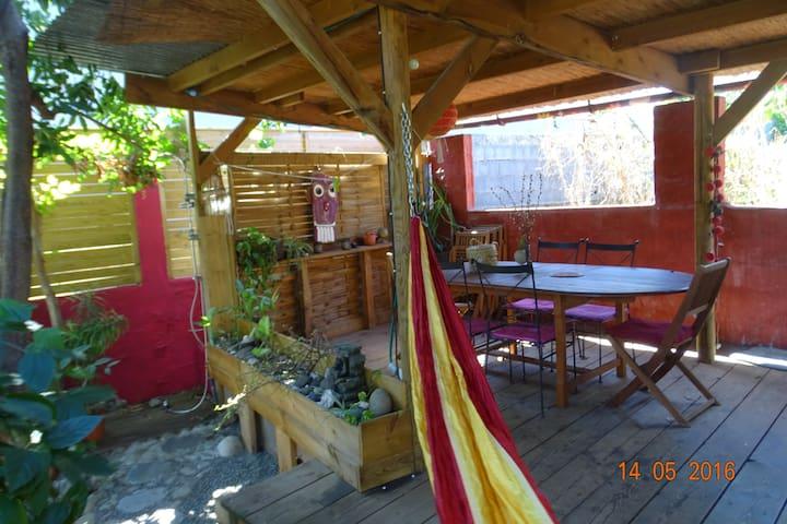 maison F3 avec jardin et terrasse - Bois d'Olives - Haus
