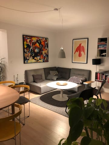 Attractive, chic, central, new renovated apartment