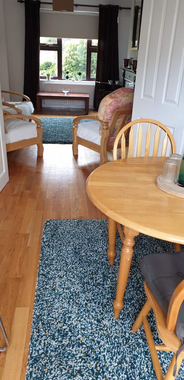 Home from Home - 4 bed town house  (new listing)