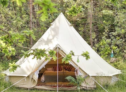 A soulful glamping - unplug, private getaway