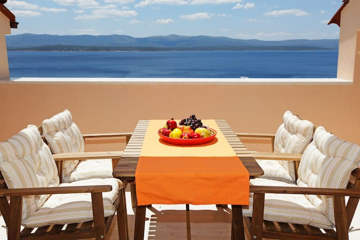 2BR✶sea view✶concierge✶parking