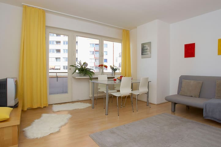 Top location. Charming 2-room apartment (7)