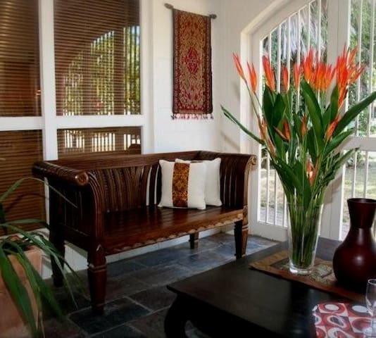 Jambala Beach House (3 bed/2 bath) - Palm Cove - Villa