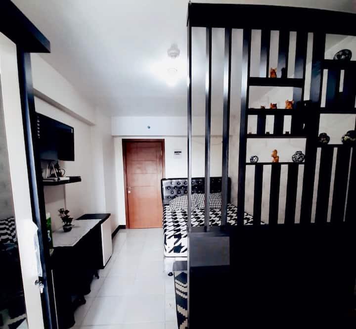 Studio Apartment, Cinere Resort Apartment