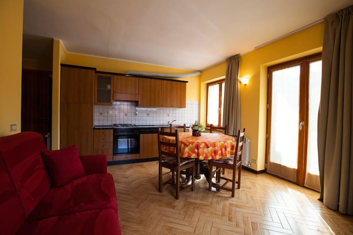 """Vista """"Monte Pora"""" in pieno centro - Castione della Presolana"""