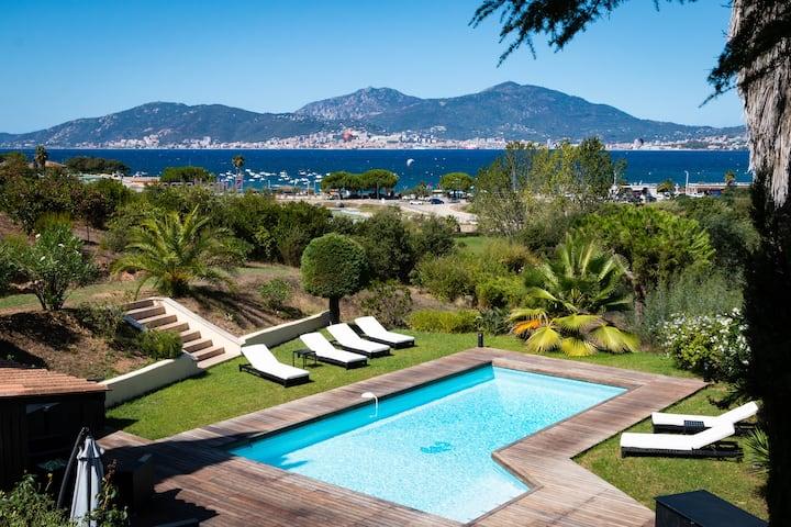 Porticcio centre: sea view , private heated pool