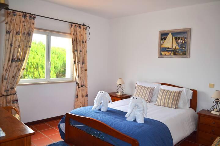 Suite 1st floor (room1)