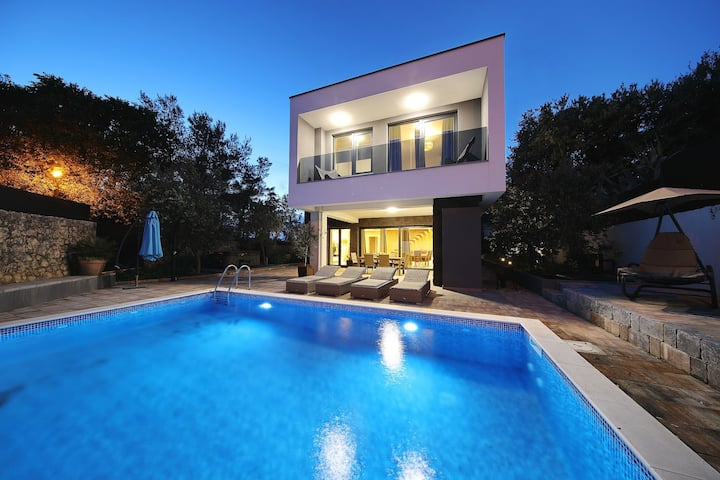 Villa Mara, Croatia Luxury Rent