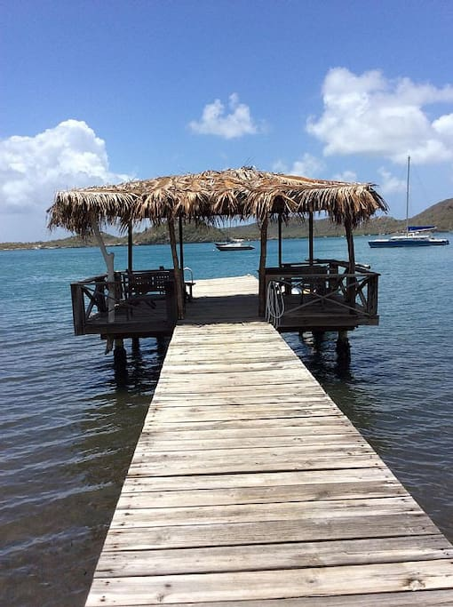 Private jetty for suntanning or evening drinks.